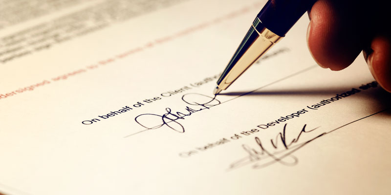 firmare-sempre-contratti